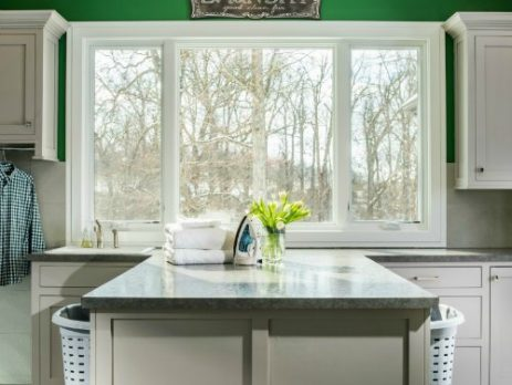 The perfect green laundry room, at your service