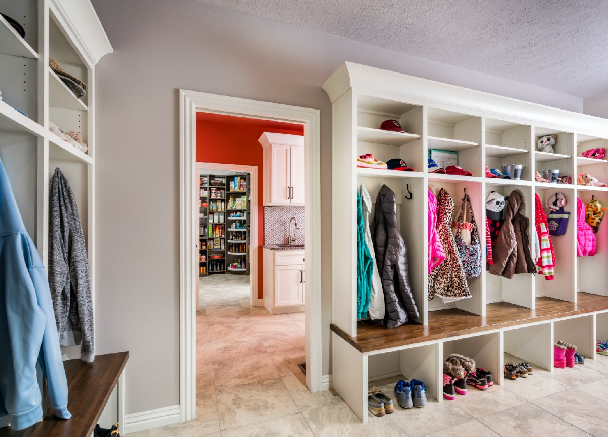 Checklist For Creating The Perfect Mudroom