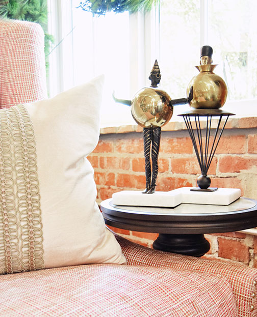 Statues made of iron showing that we have a huge selection of home accessories