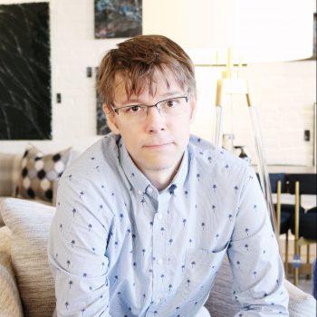 Portrait of Jared Gillet